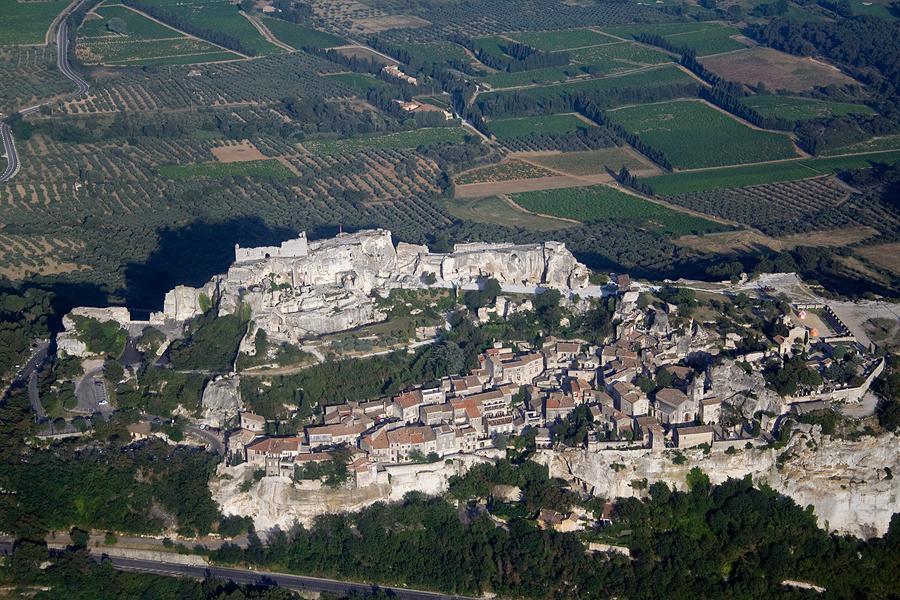 Les baux de provence depuis l 39 oustaou du luberon - Office du tourisme des baux de provence ...