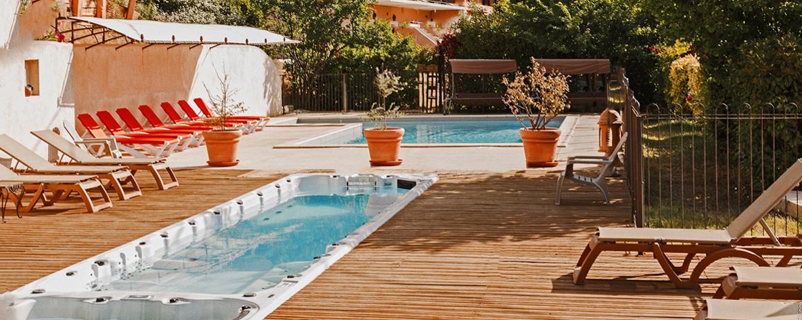 Vacances dans le luberon en g tes avec piscine sud de la - Gites de france luberon avec piscine ...